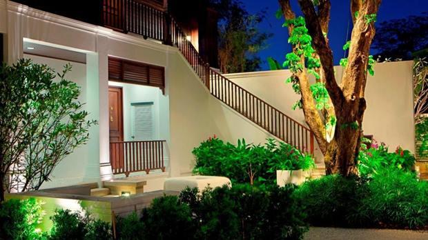 137-Pillars-House (1)