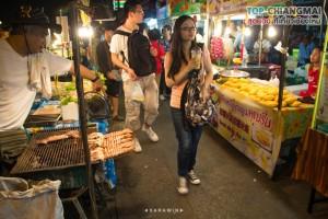 ตลาดประตูเชียงใหม่ (กลางคืน) (3)