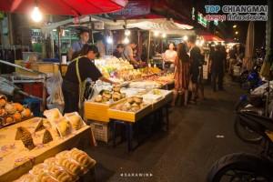ตลาดประตูเชียงใหม่ (กลางคืน) (13)