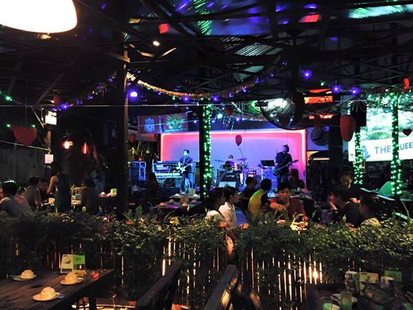 Inside Park Restaurant