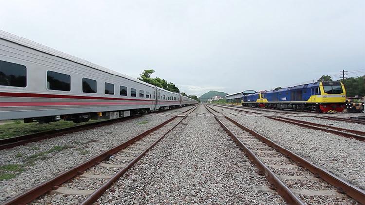 รถไฟใหม่จีน (13)